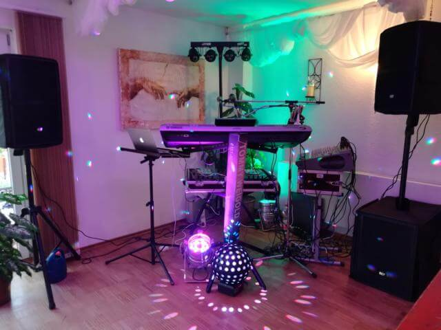 DJ in Basel in der Schweiz