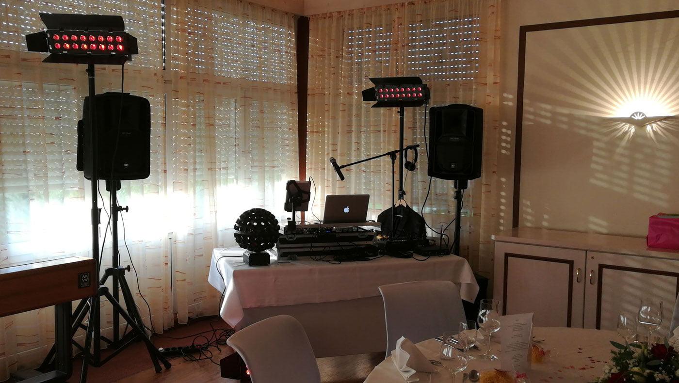 DJ für die Hochzeitsfeier