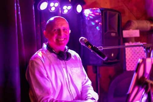 Hochzeits-DJ der Profi für Ihr Fest
